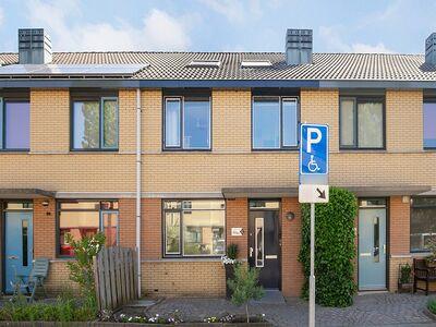 Tiamahout 16, Zoetermeer