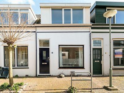Anthonie Camerlingstraat 16, Dordrecht