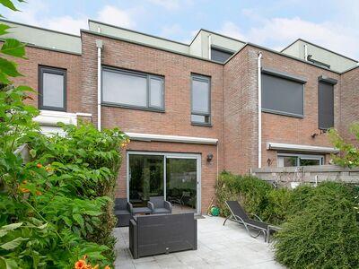 Burgemeestersrand 6, Delft