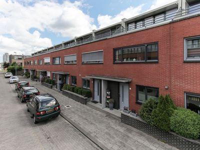 Johanna van Duynstraat 16, Rotterdam