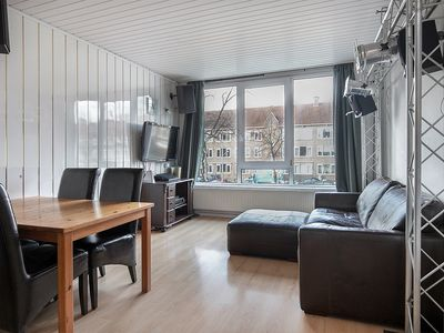 Dorpsweg 144B, Rotterdam