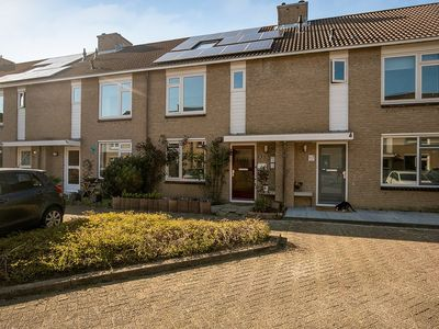 Runderweide 8, Zoetermeer