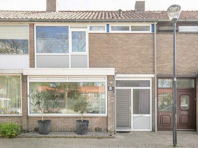 Uitvang 6, Breda