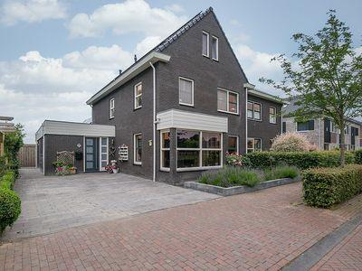 Annie Klijzinglaan 22, Willemsoord