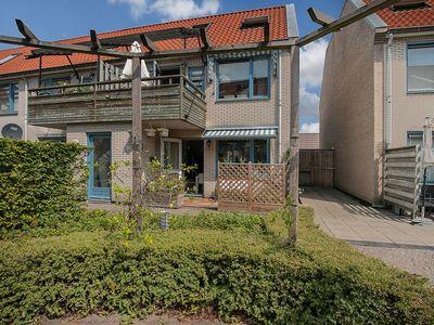 Sint Anna Zusterstraat 81, Schiedam
