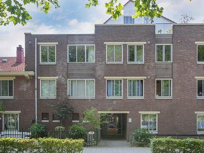 Vreelandplein 9, Amsterdam