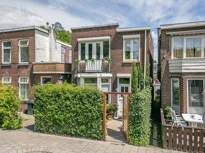 J.J.A. Goeverneurstraat 2, Dordrecht