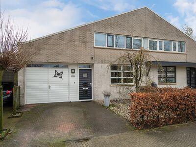 Moerasspirealaan 22, Enschede